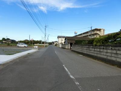 【前面道路含む現地写真】小美玉市羽鳥7期 新築戸建 1号棟