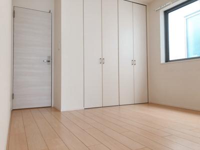 【寝室】AKS三宿フラッツ