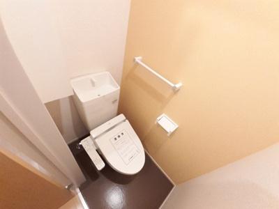 【トイレ】ラインハイム横代