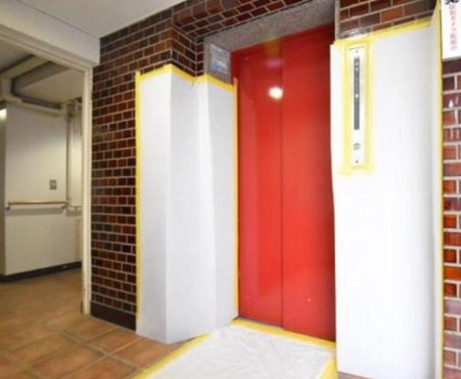 旭ヶ丘マンションのエレベーターです。