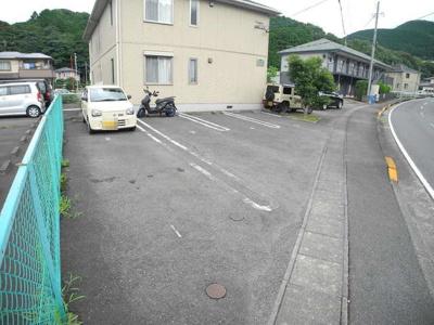 【駐車場】クラヴィエ・ミネ A