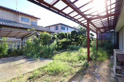 家庭菜園・ガーデニングしがいのあるお庭。