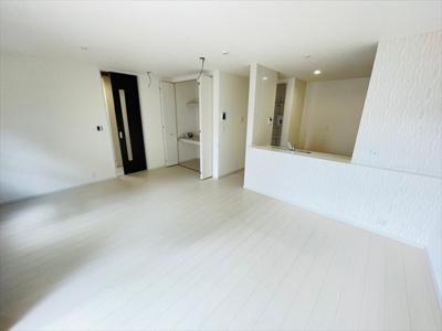 【居間・リビング】草加市花栗4丁目新築戸建て