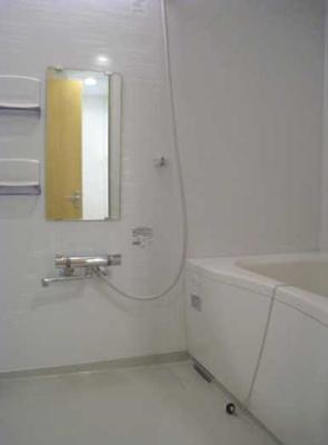 【浴室】ラ・レジデンシア アルカンフォレロ 2人入居可 積水ハイム施工 南西向き