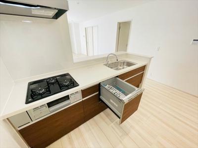 【キッチン】草加市弁天4丁目 新築戸建 全1棟