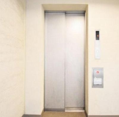 フォースター浅草今戸のエレベーターです。