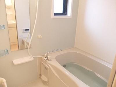 【浴室】エレガントリヴ