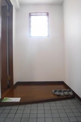 【玄関】エバーグリーン