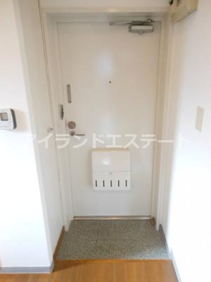 【玄関】ドエルタク オートロック バストイレ別 駅近 2F以上