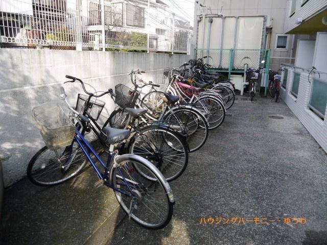 敷地内に便利な駐輪場があります。
