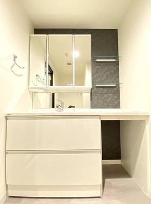 アクシルコート上野の洗面台です。