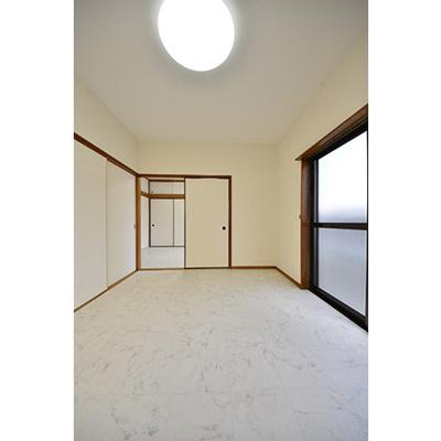 【居間・リビング】シャンポール氷川台