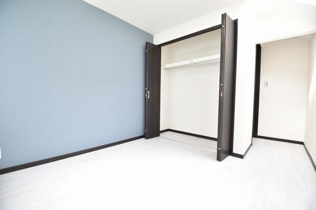 衣替えも安心の広々とした収納スペースあり!