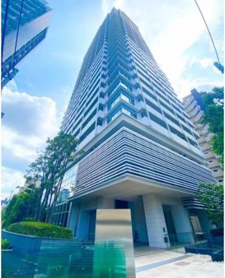 パークタワー梅田の外観写真です。