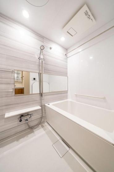 セザール西新井:浴室乾燥機・追い焚き機能付き浴室です!