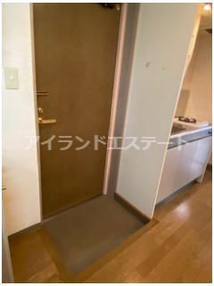 【玄関】CIAO! 駅近 バストイレ別 オートロック 室内洗濯機置場