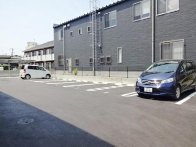 【駐車場】ミルキーウェイ