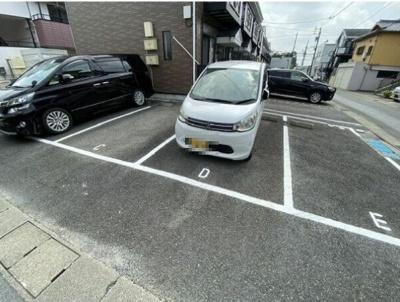 【駐車場】ファミール松花A