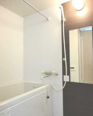 【浴室】T's Greace 駅近 ウォークインクローゼット バストイレ別