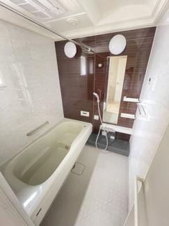 1坪タイプのお風呂には浴室換気乾燥暖房機完備
