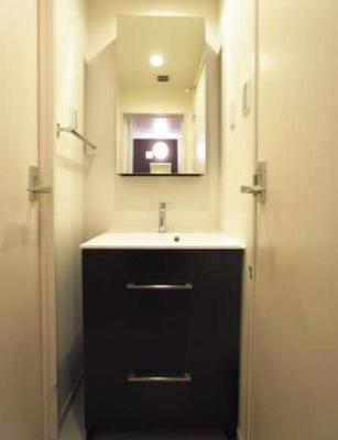 【洗面所】リブリ・エスペランス 築浅 独立洗面台 ネット使い放題 バストイレ別