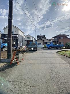 【前面道路含む現地写真】三島市青木3期 新築戸建 全2棟 (2号棟)