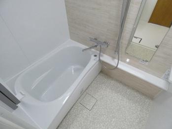 【浴室】エメラルドマンション穴生(No.746)