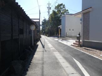 碧南市伏見町Ⅱ新築分譲住宅3~6号棟前面道路写真です。