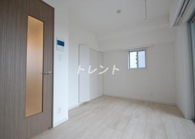 【居間・リビング】リバーレ東新宿