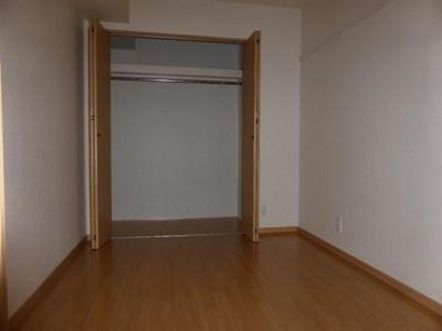 画像は103号室になります。