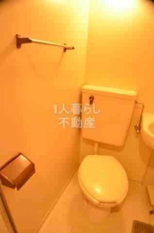 お風呂とトイレ同室ですがキレイです