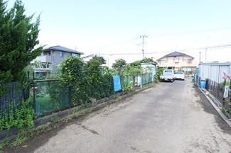 通路は4m♪自動車で目の前まで進入できます♪ 三郷新築ナビで検索