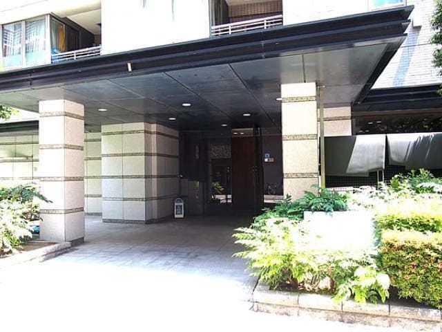 ビックターミナル「上野」駅徒歩3分の新耐震基準マンション、コスモ上野パークサイドシティは即日現地案内可能となっておりますので、お気軽にお問い合わせ下さい!