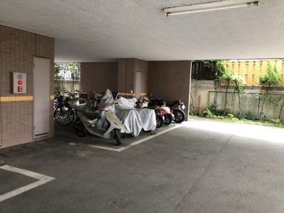 【駐車場】ジュネス帯曲輪 スモッティー阪急高槻店