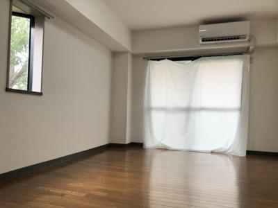 【居間・リビング】ジュネス帯曲輪 スモッティー阪急高槻店