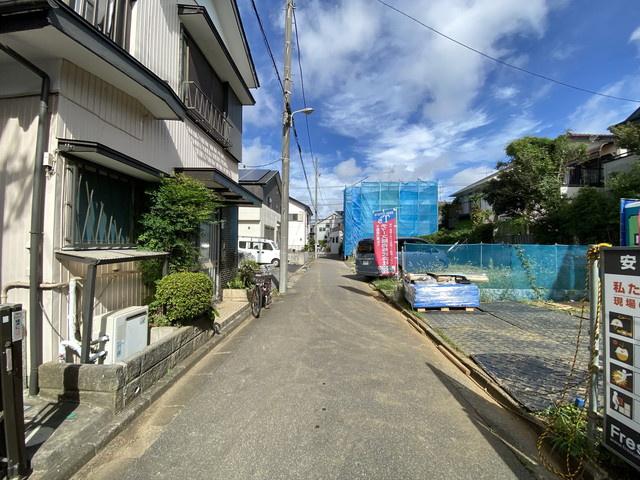 前面道路4.5mと4mの私道です。