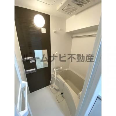 【浴室】ルーナクレシェンテ日暮里