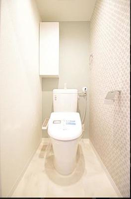 トイレはもちろんウォシュレット機能付き。