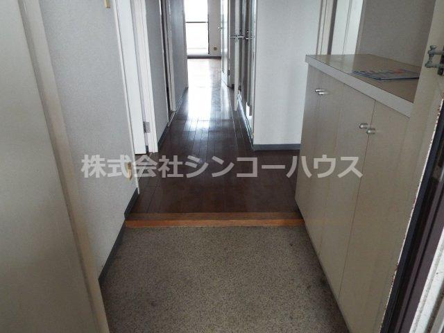 【玄関】ライオンズガーデン久喜参番館