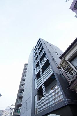 2013年3年竣工の分譲賃貸マンションです。