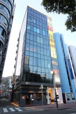 【外観】ラ・ドルレイ神戸三宮ビル
