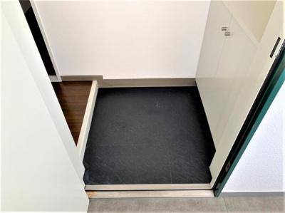 【玄関】マンションタワーサイド
