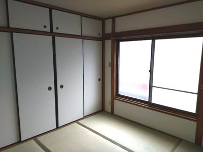 2階には和室が2部屋ございます。