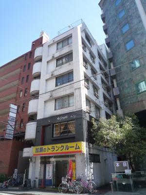 JR「川崎」駅徒歩6分のマンションです。