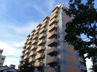 JR川崎駅徒歩10分、旧東海道沿いのマンションです。