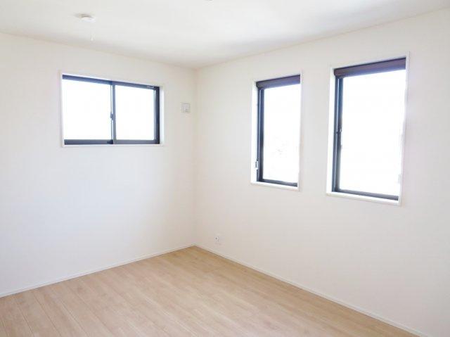建築中につき同ハウスメーカーの似た間取りの物件写真です。