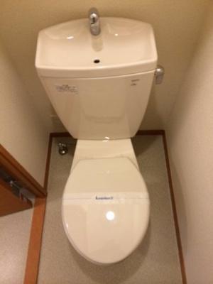 清潔なトイレをご用意しております