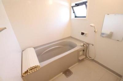 【浴室】メゾングレースF
