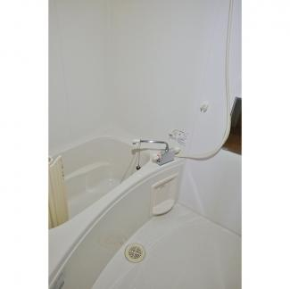 【浴室】Kalen luce