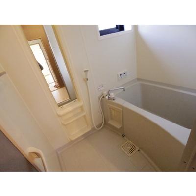 【浴室】コンフォート轟B